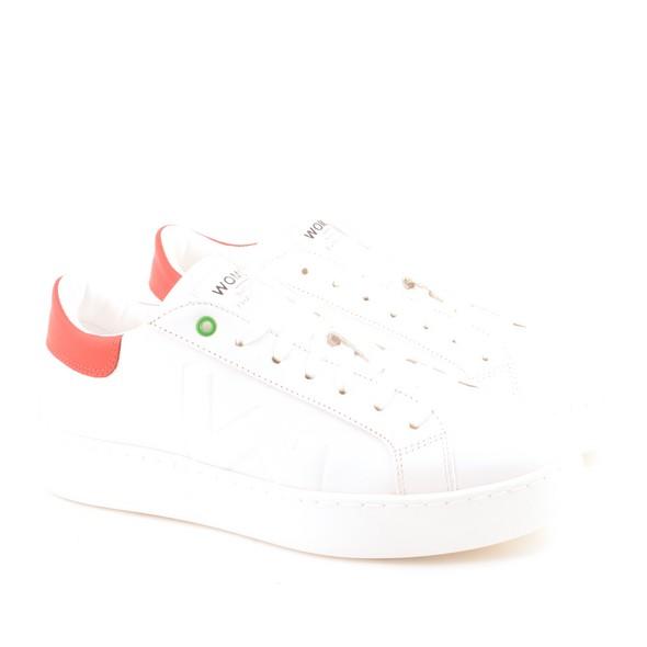 C190903 White Red O1