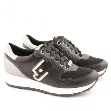 Gigi  62 - Running D20