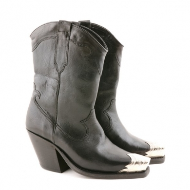 Leather Boot  Black F18